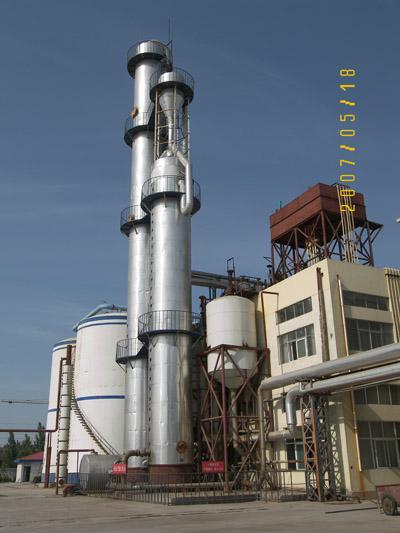 山东同兴生物科技有限公司蒸馏塔安装工程